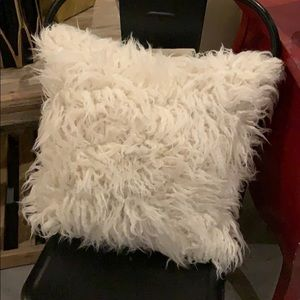 Brentwood Faux Fur White Pillow